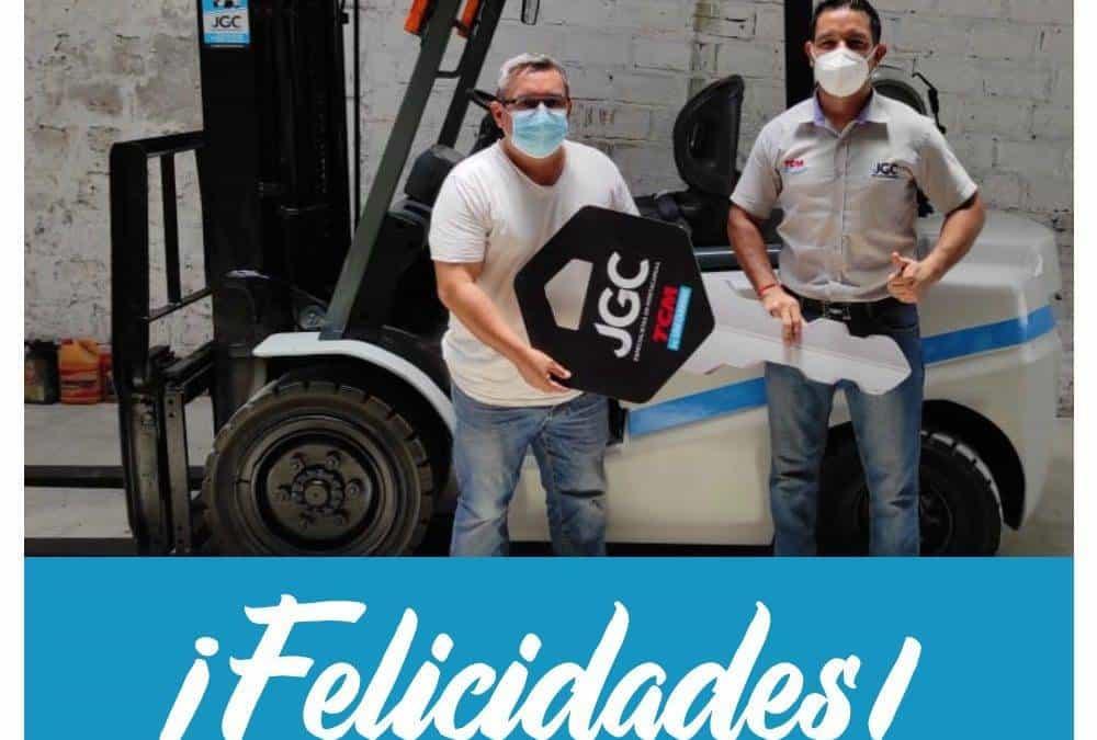 Entrega de Montacargas a JC Comercial